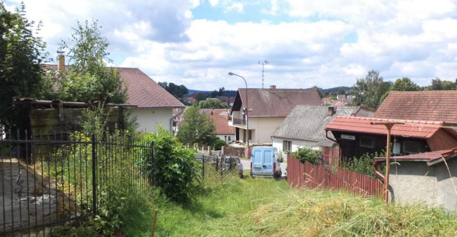 Horní Cerekev - prodej stavebního pozemku s pozemkem pro zahradu.